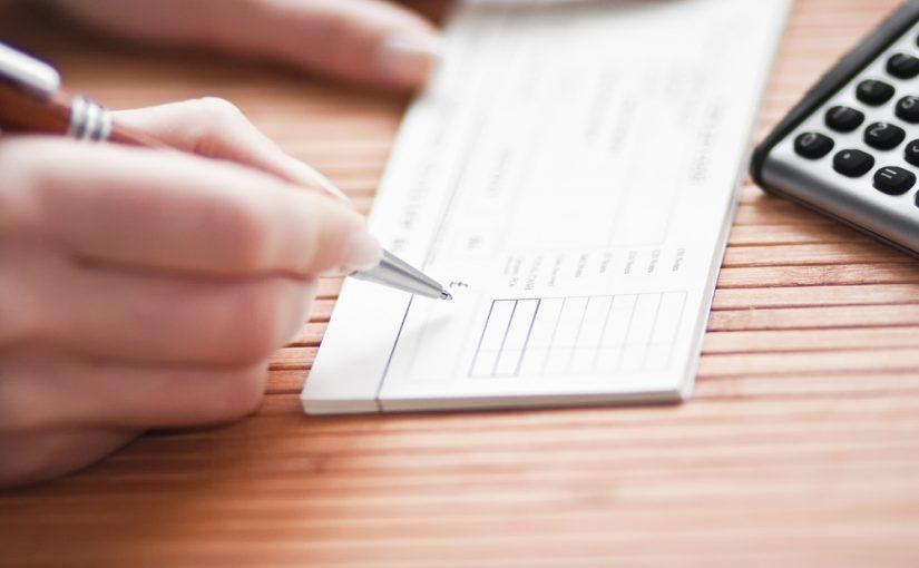 Razones para no emitir cheques en blanco